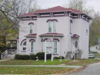 White Italianate home