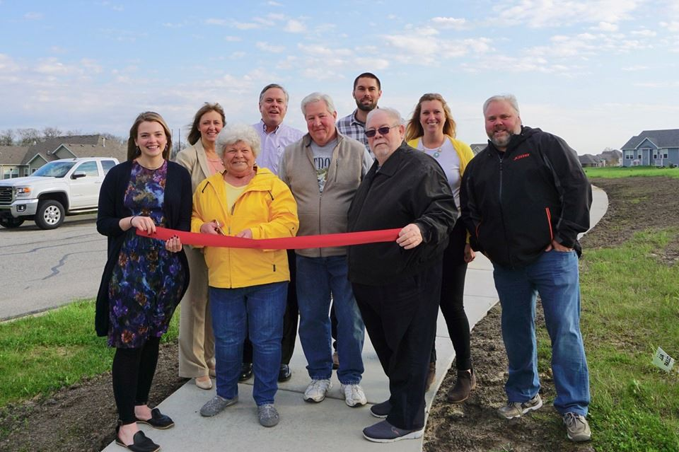Beauty Creek Villas Ribbon Cutting